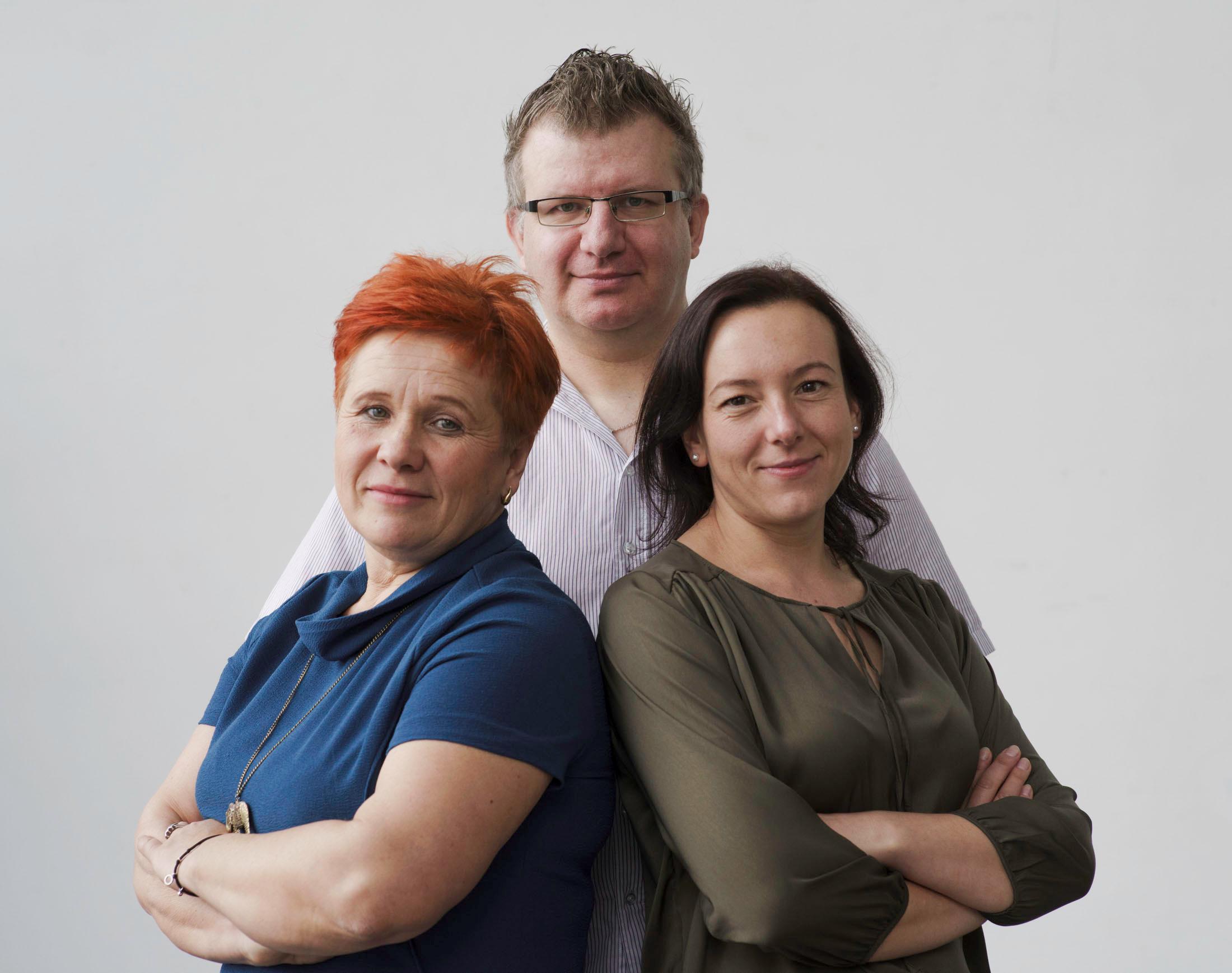 Ewa Strzębała, Jacek Brzostowski i Sylwia Piech